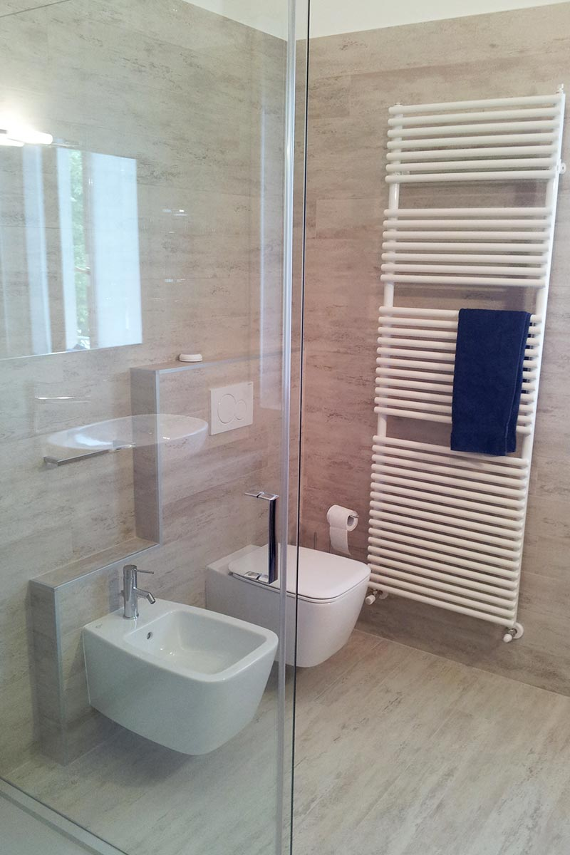 Rifacimento totale bagno - Arredobagno Venturi Verona